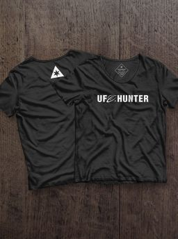 UFO hunter girl shirt